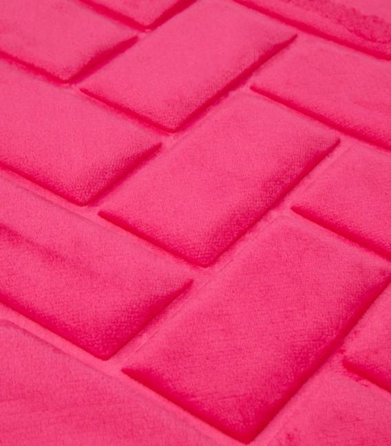 Detalle de la Alfombra de baño Microfibra Modelo Ladrillos Color Fucsia