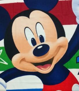 Detalle del tejido de la Toalla playa Disney MICKEY MOUSE NÚMEROS microfibra 70x140cm