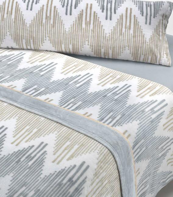 Detalle del Juego de Sábanas Invierno MICROCORAL G25 Gris Textils Mora