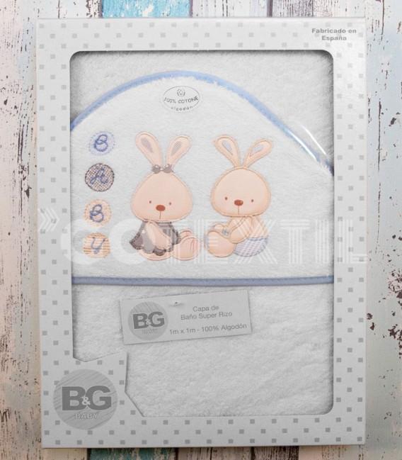Presentación en Caja de la Capa de Baño Conejitos Baby blanco/azul 100x100cm de Interbaby