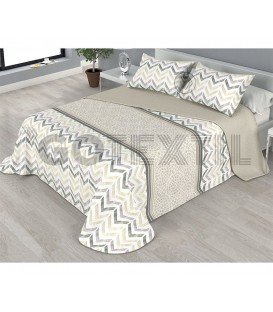 ¡ENVÍO GRATIS! Colcha bouti estampada PIKI reversible color beige Home'secret